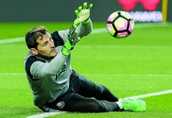 Iker Casillas abriu a porta para uma aventura, no futuro, nos EUA