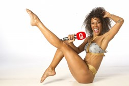 Sara Santos é a nova 'Repórter em Biquini'