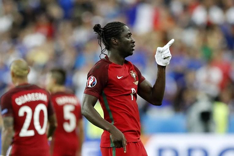 Éder celebra o golo na final do Euro 2016