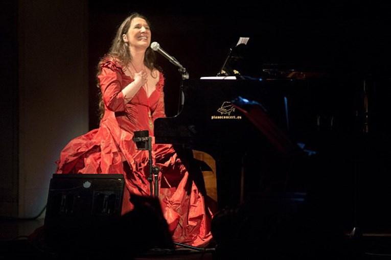 Dulce Pontes voltou em 2017 aos discos e concertos