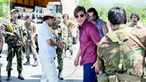 Tom Cruise convence na pele de traficante