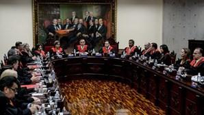 Opositores de Maduro voltam para a prisão