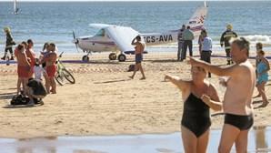 Motor de avião que matou na Caparica parou 4 minutos após descolar