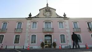 Câmara de Oeiras assegura refeições aos alunos carenciados