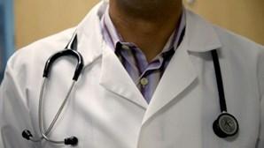 Médicos insistem na vacinação de profissionais que já tiveram a Covid-19