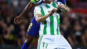 FC Barcelona entra na liga espanhola com vitória sobre o Betis