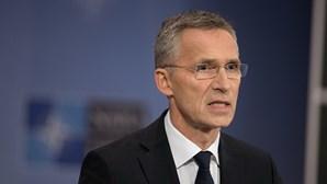 """Líderes da NATO reúnem-se em """"ocasião histórica"""" para """"reforçar laço transatlântico"""""""