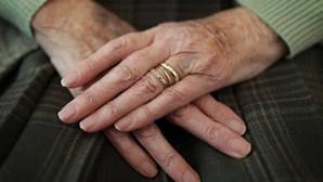 Idosa de 82 anos mata filha acamada no Barreiro