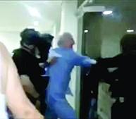 Antonio Ledezma é levado pela polícia