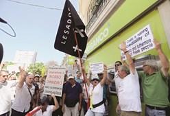 Emigrantes obrigacionistas já protestaram no verão passado e mantêm agendada uma nova 'manif' para amanhã