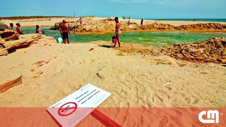 3dfb75e577e Ribeira aberta suja praia em Armação de Pera - Cidades - Correio da ...