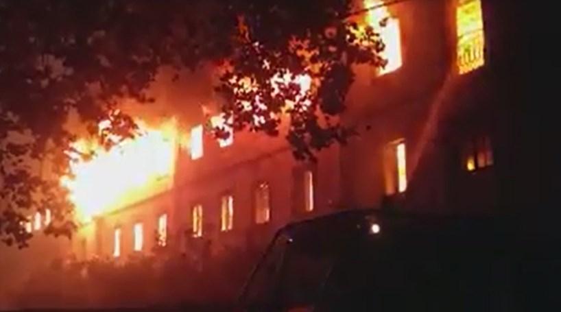 Igreja e antigo Colégio em Castelo Branco devastados pelas chamas ... 6696e9923f0
