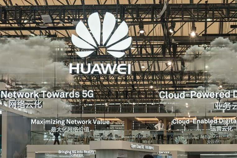 Viagens pagas por empresa associada da Huawei