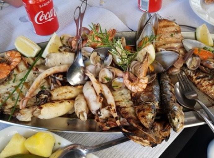 Restaurante lisboeta acusado de enganar clientes com contas exorbitantes