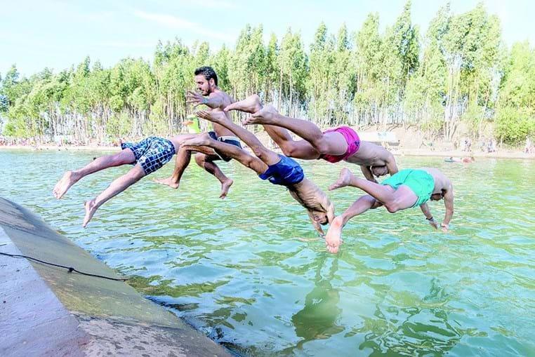'Praia do canal' recebe centenas de jovens durante Meo Sudoeste
