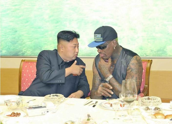 Dennis Rodman com o ditador coreano Kim Jong-un em 2013