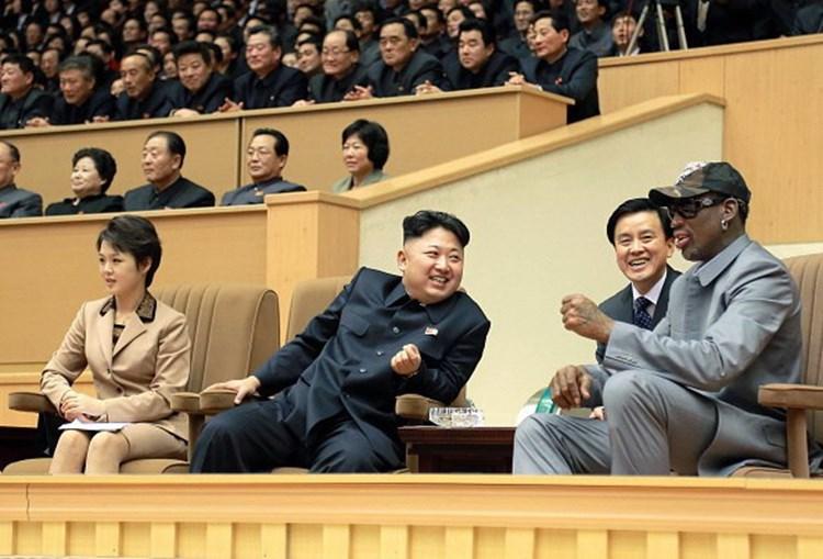Dennis Rodman com o ditador coreano Kim Jong-un em 2014