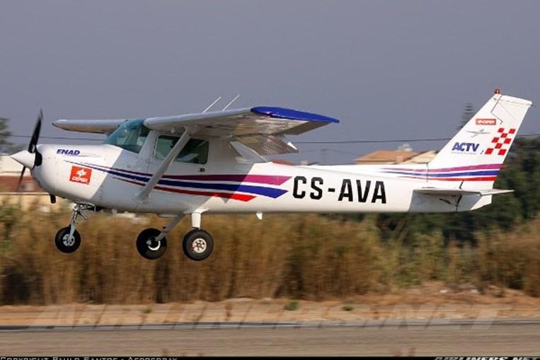 Reims Cessna pertencente ao Aero Clube de Torres Vedras
