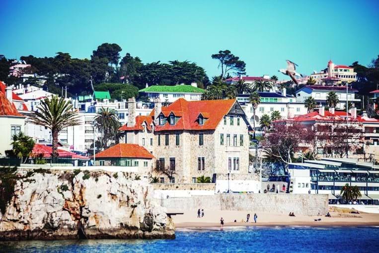 A maior freguesia do País é a de Cascais e Estoril: conta com 55 847 eleitores