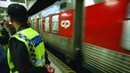 Criança entalada por portas de comboio na Amadora escapa ilesa