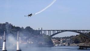 Assistência recorde no 1º dia da Red Bull Air Race no Porto