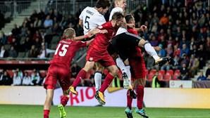 Seleção alemã de futebol condena cânticos nazis entoados por adeptos