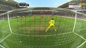 Frango torna oficial crise do Benfica