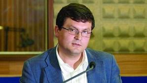 Santa Casa de Lisboa contratou Paulo Pedroso por 3700 euros como consultor externo
