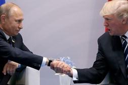 Trump e Putin encontraram-se na cimeira do G20, em Hamburgo, no mês de julho