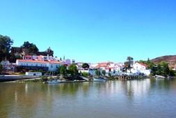 Alcoutim fica junto ao rio Guadiana