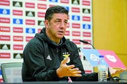 Rui Vitória espera uma luta acesa pelo campeonato até ao final