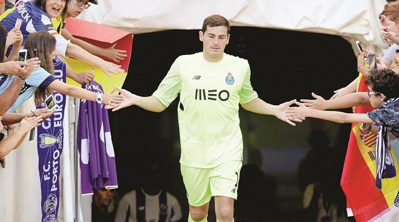 """Iker Casillas  """"Só o FC Porto me interessa"""" - Futebol - Correio da Manhã a41f8f31be478"""