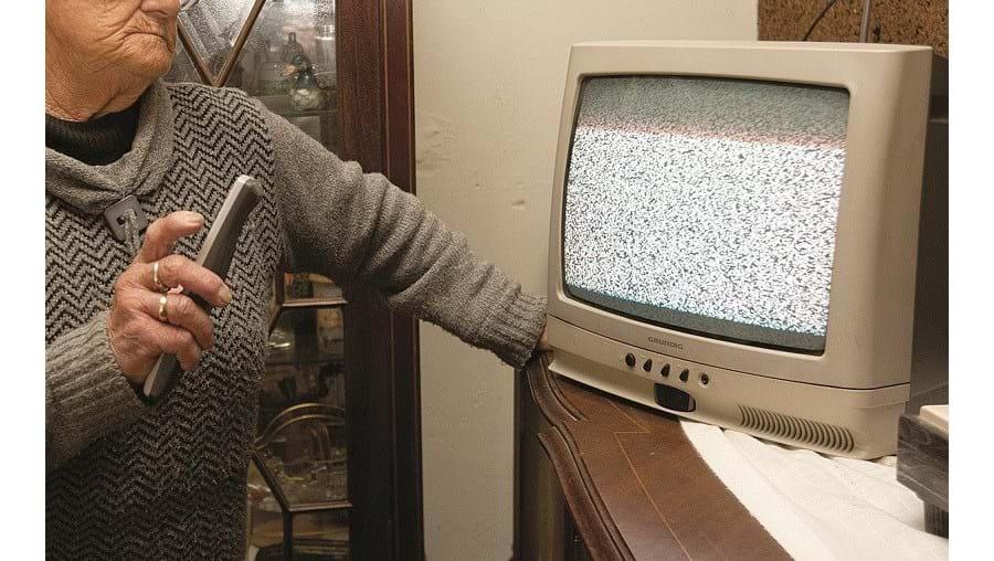 Linha telefónica de apoio irá ajudar telespectadores a ressintonizar os seus televisores