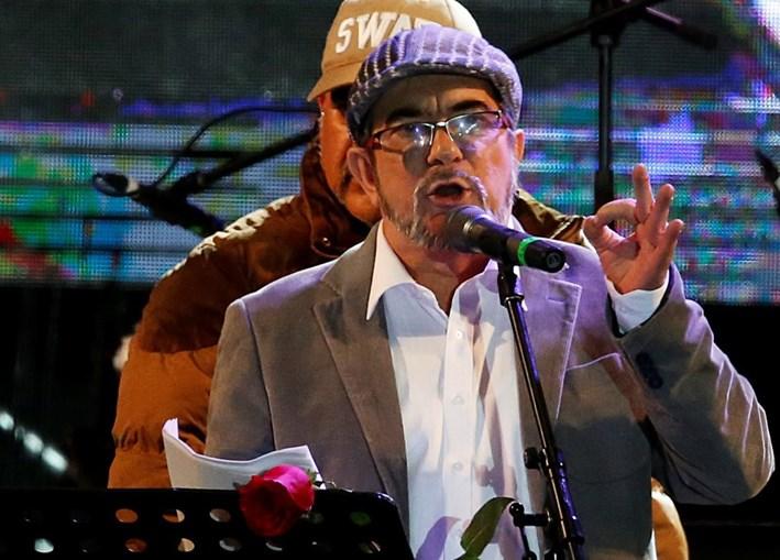 FARC estreiam-se como partido político com um concerto na capital da Colômbia