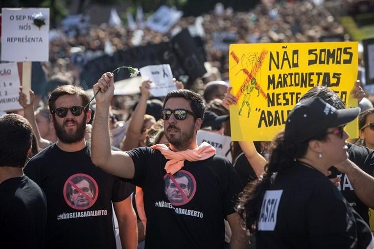 Enfermeiros provenientes de todo o País manifestaram-se em Lisboa, num protesto que se prolongou por mais de seis horas