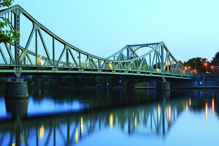 Ponte Glienicke é conhecida como a Ponte dos Espiões