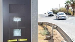 Radar de velocidade destruído no Algarve