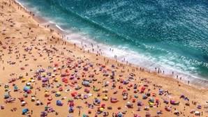 """Deixar lixo nas praias deverá ser punido com """"multas a sério"""""""