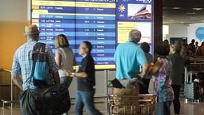 Aviões voltam a aterrar e descolar no aeroporto da Madeira após vários condicionamentos