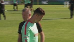 Ronaldo à parte no treino de Portugal