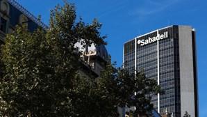 Banco catalão Sabadell muda sede para Alicante perante risco de independência