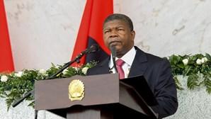 Presidente angolano quer nova política nos diamantes