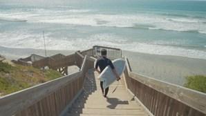 Guinness oficializa recorde da maior aula de surf do mundo na Fonte da Telha