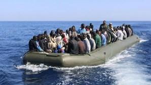Autoridades marítimas espanholas resgatam 73 migrantes perto da ilha de Alborão
