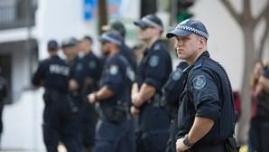 Australiano declara-se culpado de planear atentados em Sydney