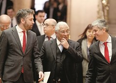 António Costa e Mário Centeno têm o Orçamento quase concluído