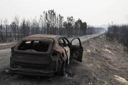 Carro destruído pelo incêndio de Vieira de Leiria, Marinha Grande