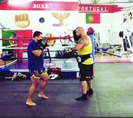 Ricardo Ribeiro faz kickboxing diariamente em treinos de duas horas