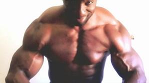 Recluso impõe-se na cadeia pela musculatura