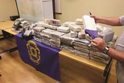 Desde 2007, a 'Maritime Analysis and Operations Centre - Narcotics' participou na apreensão de 117,5 toneladas de cocaína
